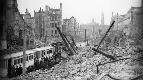 'Dresde 1945. Fuego y oscuridad'