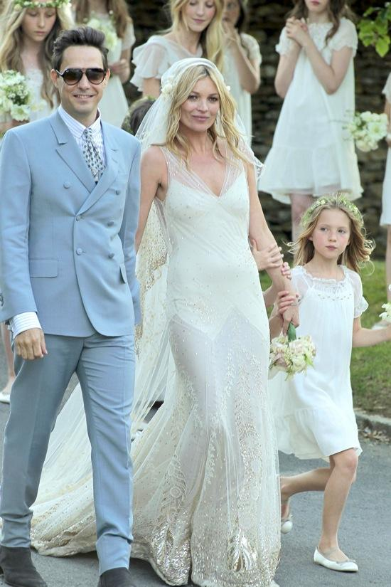 Kate-Moss-boda-vestido-galliano