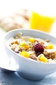 Yogurt y frutos secos para adelgazar