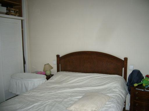 Interiorismo a cero en un apartamento de conde orgaz for Dormitorio 8m2