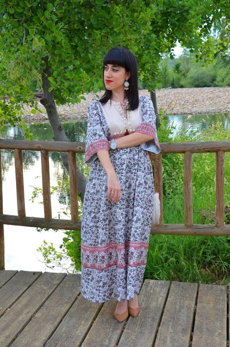 Maxi vestido tribal con caracolas