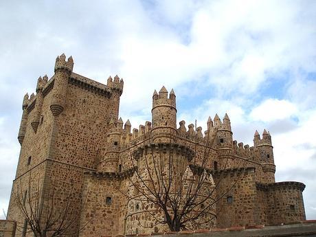 turismo de cercanía en Toledo castillo de Guadamur