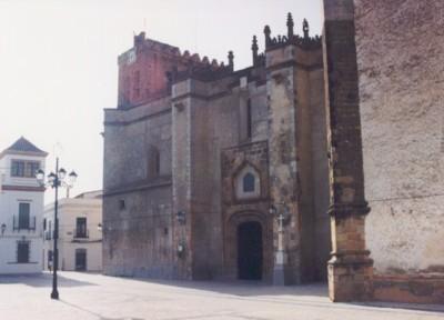 turismo de cercanía en Badajoz, iglesia de Fuente del Maestre