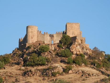 turismo de cercanía en Badajoz, castillo de Burguillos del Cerro