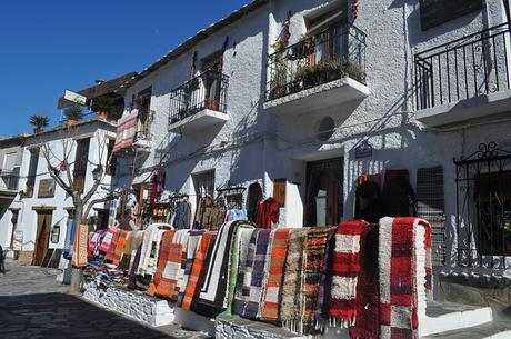 turismo de cercanía en Granada, calle de Pampaneira