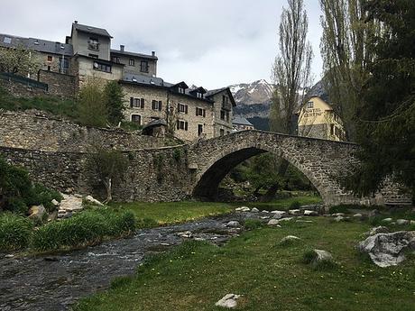 turismo de cercanía en Huesca puente de Sallent de Gállego
