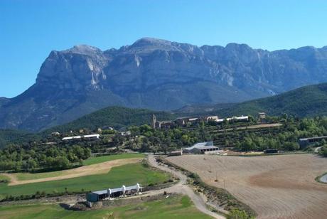 turismo de cercanía en Huesca vistas de El Pueyo de Araguás