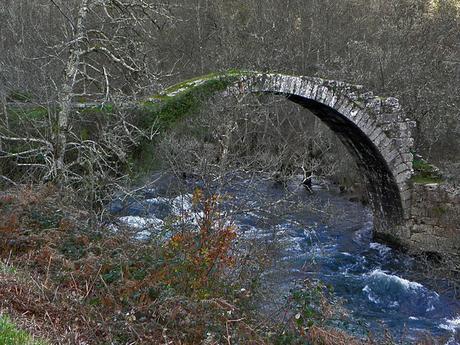 turismo de cercanía en Orense, puente de pazos de arenteiro en boborás