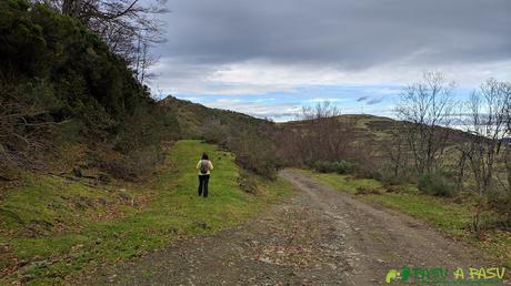 Desvío para subir al Pico Renorios