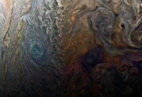 Las nubes y la circulación atmosférica del planeta Júpiter