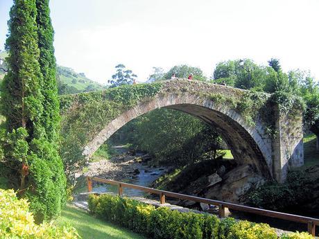 turismo de cercanía en Cantabria, puente de Liérganes
