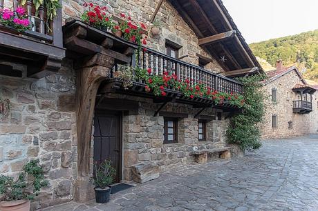 turismo de cercanía en Cantabria, calle de Bárcena Mayor