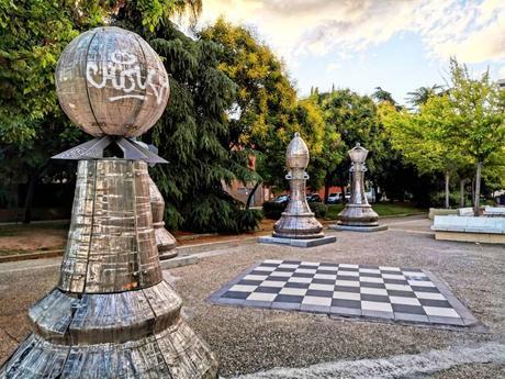Los jardines de Pablo Sorozábal: Un ajedrez gigante en Madrid