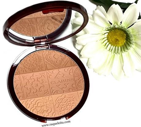 clarins-bronzing-compact