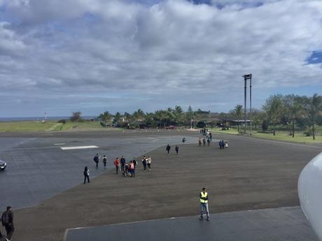 isla de pascua aterrizando