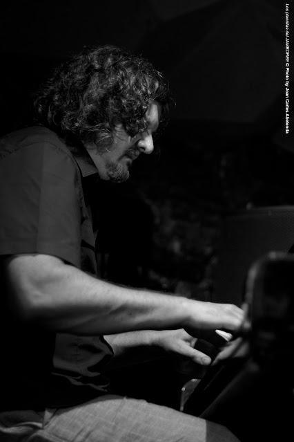 FOTO-Los pianistas del JAMBOREE-JON COWHERD