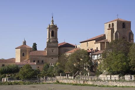 turismo de cercanía en Burgos, vistas de Santo Domingo de Silos