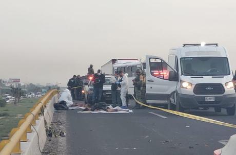 Abandonan 2 personas descuartizadas en la Carretera 57