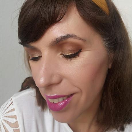 maquillaje marrón y champán