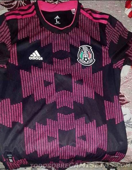 Nueva playera negro con rosa de la Selección Mexicana para 2020