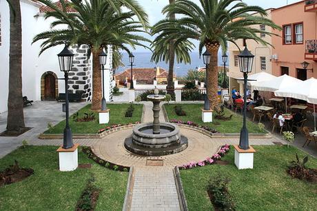 turismo de cercanía en Santa Cruz de Tenerife plaza de San Andrés y Sauces en la isla de La Palma