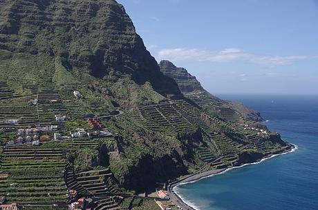 turismo de cercanía en Santa Cruz de Tenerife, vistas del litoral de Hermigua en la isla de La Gomera