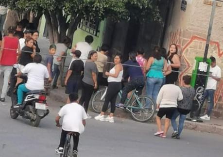 Ejecutan a hombre en la calle Nicolás Romero en la Julián Carrillo