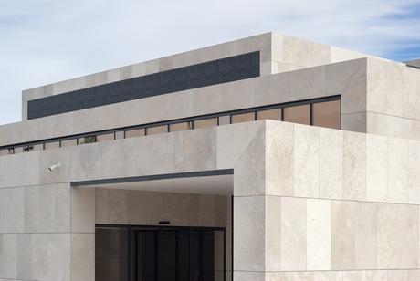 Centro de Protonterapia de Quirónsalud, Pozuelo de Alarcón, Madrid / IDOM