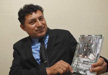 Johnny Gadea revela los duros hechos sobre las Guerras Nicaragüenses en una Autobiografía muy personal