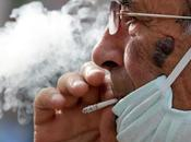 puede contraer coronavirus través humo cigarrillo