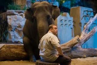 Trailer: Zoo Loco (Zookeeper)