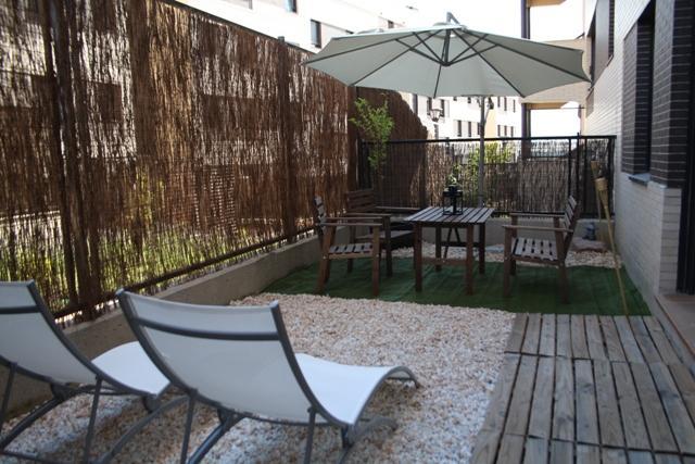 La terraza de sara concurso terrazas patios y balcones for Patios y terrazas
