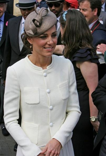 Kate middleton prince william and kate middleton at the epsom derby