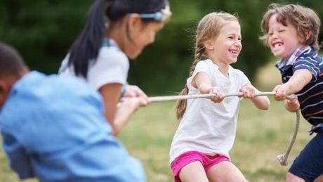 Prepara tu propia gymkhana para los niños en la naturaleza