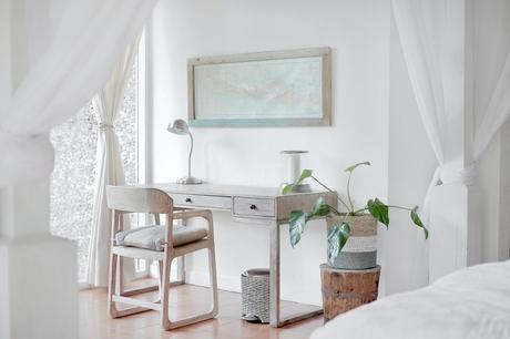 Cómo iluminar tu hogar según la tonalidad de tus muebles