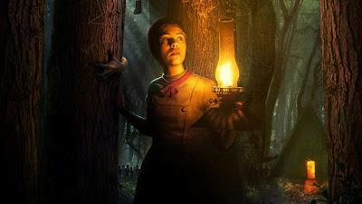 Gretel y Hansel, Oscura ambientación sin trasfondo