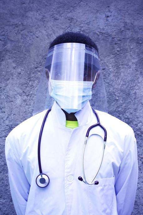 Más de 10.000 profesionales sanitarios infectados por COVID19 en África