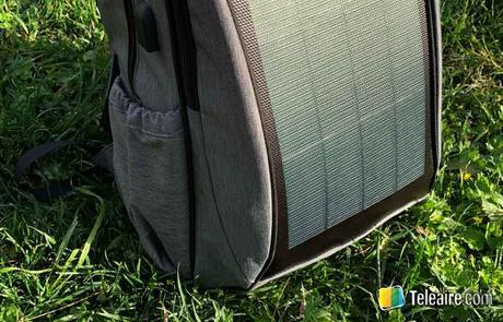 Mochila con panel solar: reseña en 2 pasos