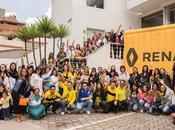"""Renault marca alegre, distintiva diferente conmemora """"día alegría"""""""