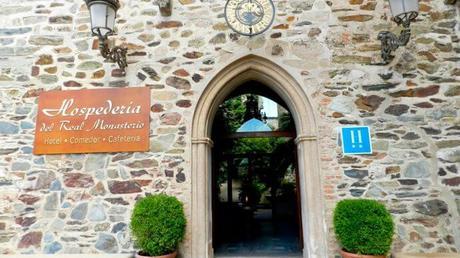 Monasterios-hotel para disfrutar de naturaleza, senderismo y gastronomía