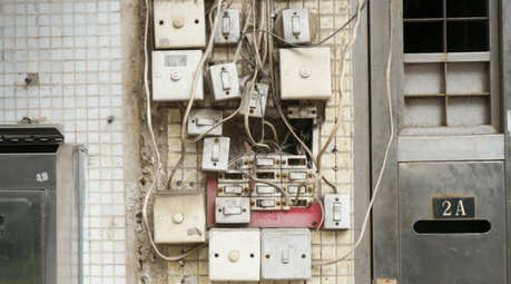 5 reparaciones eléctricas comunes en viviendas