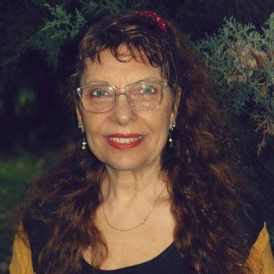 """Gloria Arcuschin responde """"En cuestión: un cuestionario"""""""