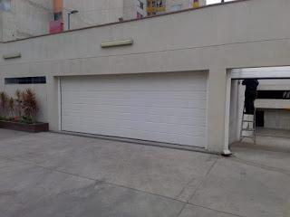 Puerta seccional de Garaje de  6 metros o 20 pies Prima Innova