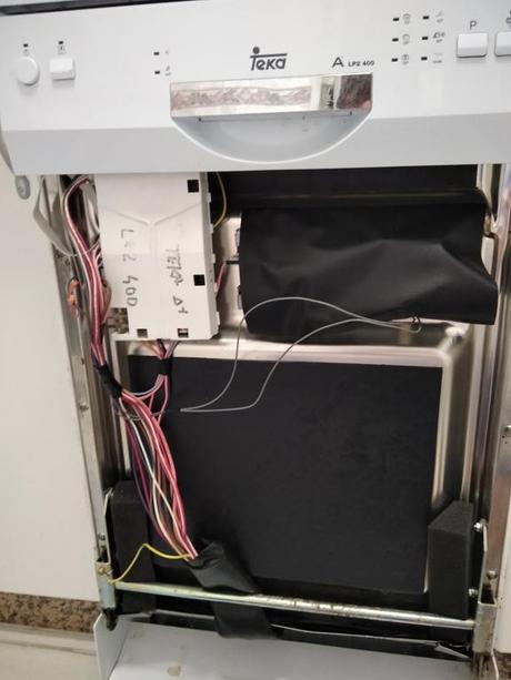 Porqué debería desconectar la lavadora o el lavavajillas cuando no lo este usando