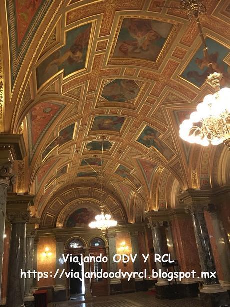 Que hacer, a donde ir, que visitar en Budapest. La Opera Cupula