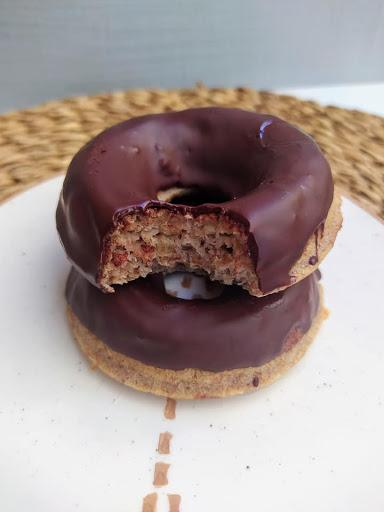 Donuts integrales de plátano con chocolate - Veganos & Sin Gluten