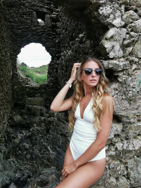 Swimwear & Wooda Ibiza sunglasses