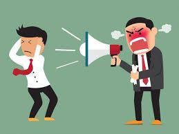 Cómo responder a un jefe que te pide cambios a última hora