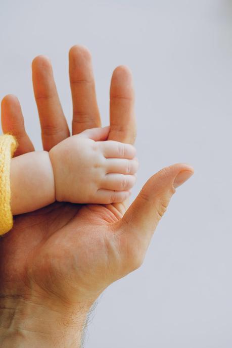 ¿Qué es la calamina? Usos para acné, hongos y piel