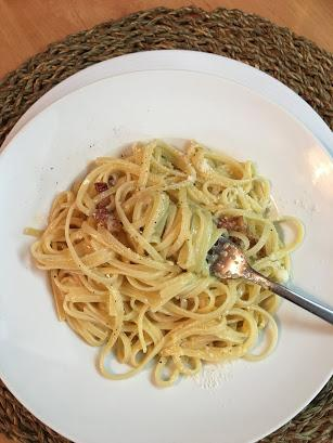Pasta Alla Carbonara Genuina Italiana